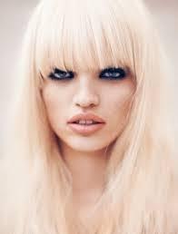 Makeup - Der er også noget super fedt over kontrasten mellem det lyse hår og de helt mørke dramatiske øjne..