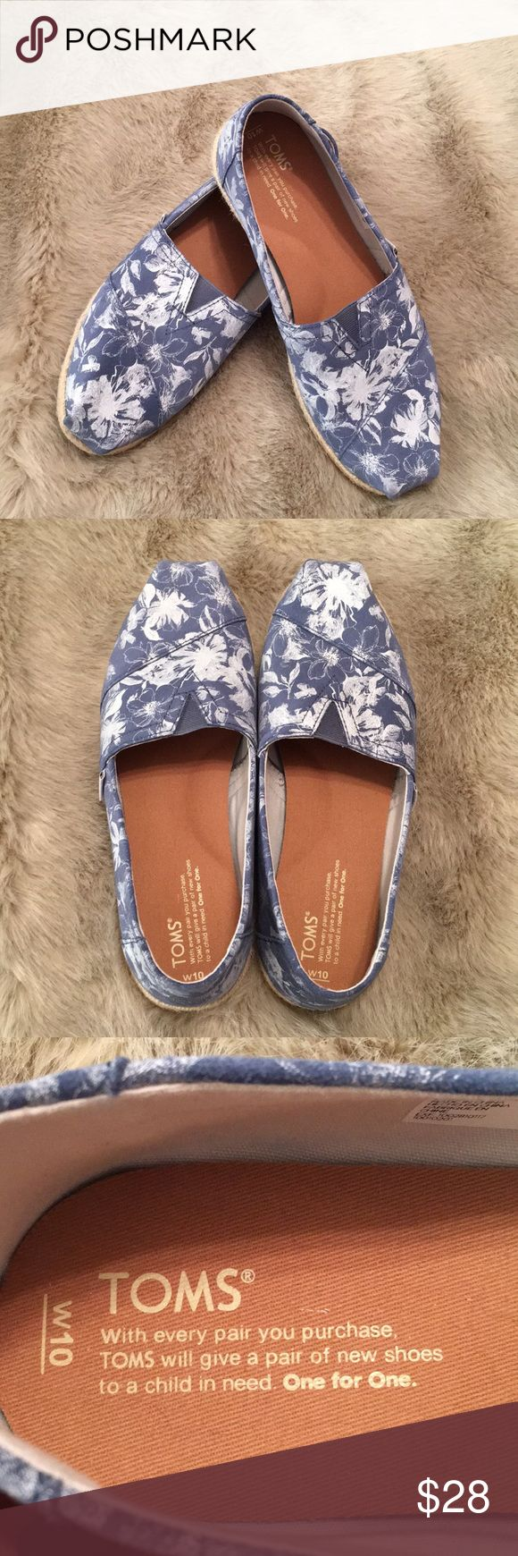 Toms Espadrille Slip-Ons Size 10 Perfect look for Spring! Classic Toms slip-ons with the espadrille sole. Silver and white floral print on denim blue background. Very light wear, from smoke/pet free home. Women's size 10. Toms Shoes