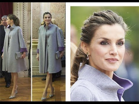 QUEEN LETIZIA OF SPAIN fashion STYLE UPDATE : She wears CAROLINA HERRERA...