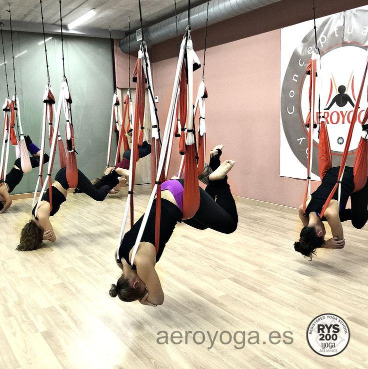 Ioga Aeri, #Barcelona #Catalunya #cataluña #Tarragona #lleida #girona #donosti #bilbao #vizcaia #mallorca #ibiza #balears #valencia #alicante #castello #murcia #almeria #madrid #sevilla #yoga #ioga #aeri #aerialyoga #yogaaereo #trapezi #acrobatic #acro #gravity #gravedad #wellness #bienestar #exercici #ejercicio #exercice  #spain #españa #sevilla
