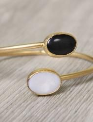 Moonstone and Black Onyx Bracelet