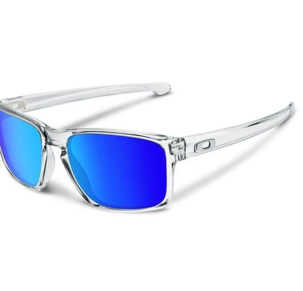 OAKLEY Sliver Polished Clear Sapphire Iridium napszemüveg. Viszonylag kevés ruhadarabunk is kiegészítőnk létezik, melyekről egyszerre lenne elmondható, hogy a trendet és az egészségünk megőrzését egyaránt vizsgálja – azonban a megfelelően kiválasztott napszemüveg ilyen. KATTINTS IDE!