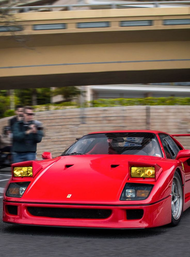91 best images about ferrari f40 on pinterest cars pebble beach and monaco. Black Bedroom Furniture Sets. Home Design Ideas