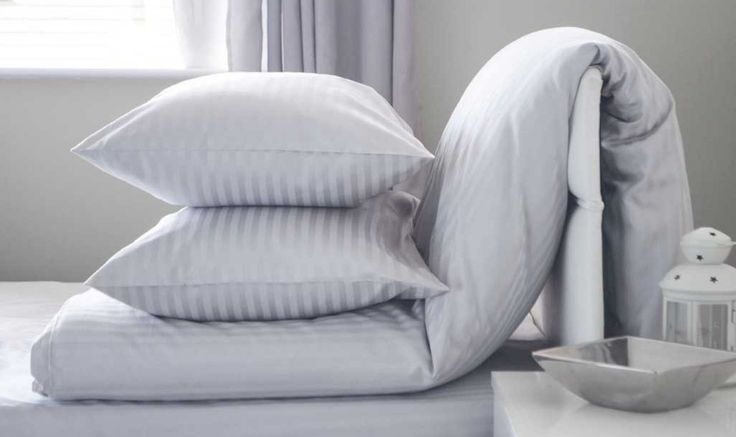 """I know you already know what is cotton. But, have you ever heard of Egyptian cotton bed sheets? If the answer is """"yes"""", there is no wonder. Because nowadays Egyptian cotton bed sheets are the most popular and quality bed sheets in the market. Though there are several types of cotton sheets in the market, …"""