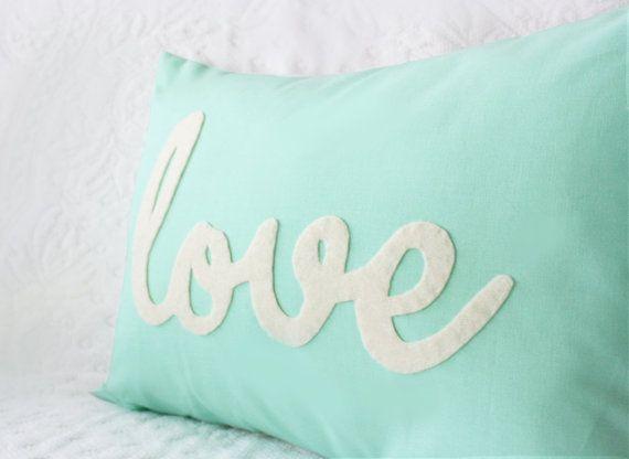 25 Best Ideas About Mint Pillow On Pinterest Mint Green