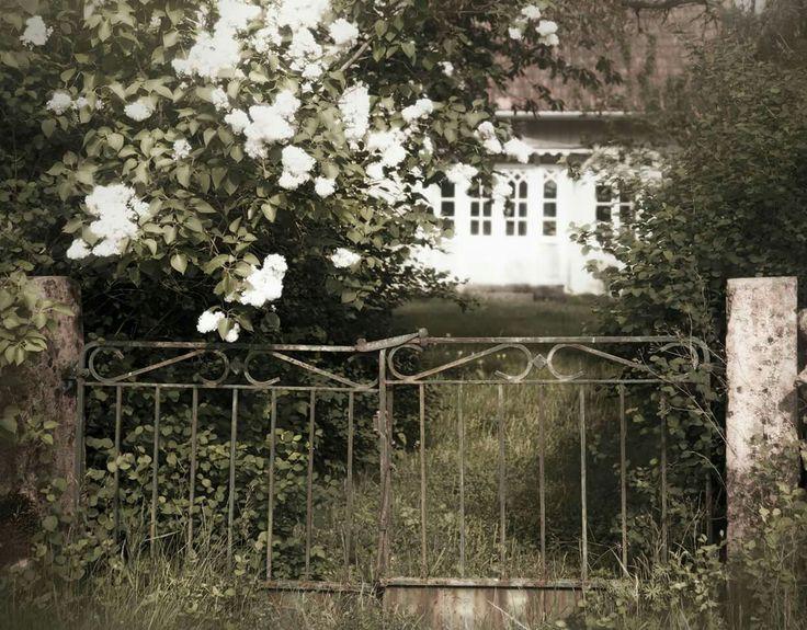 Hus vid Örnekulla