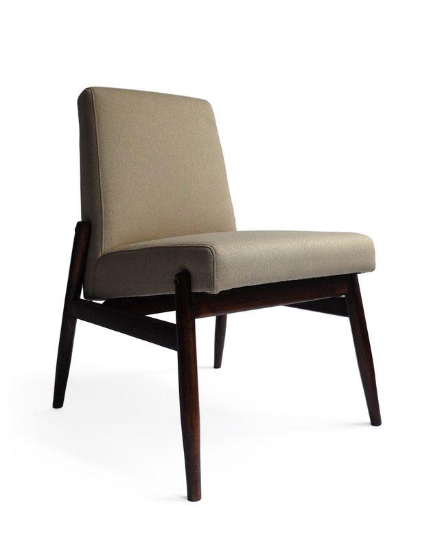 Fotel TYP: Wyprodukowano: Zamojskie Fabryki Mebli  Lata: 60/70 Projektant: