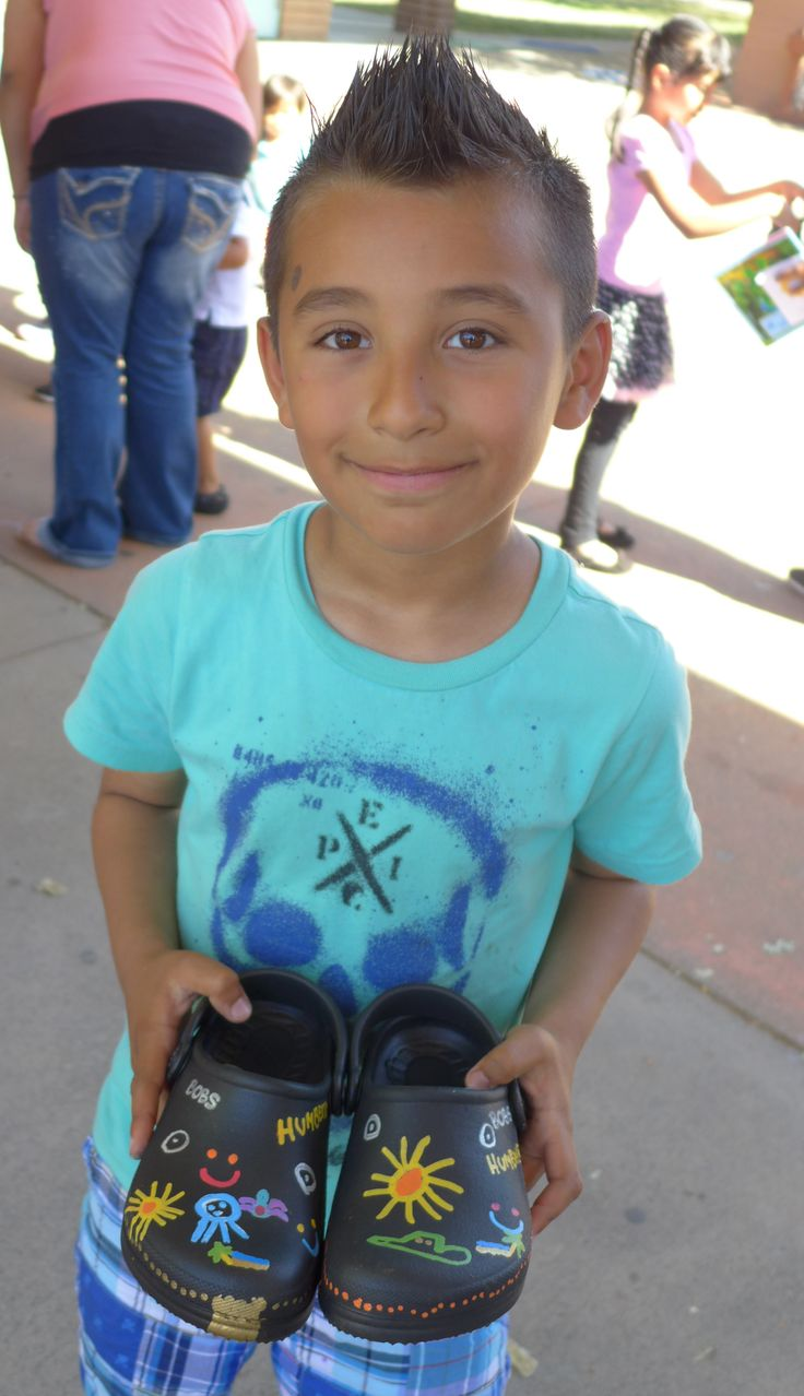 Sonoma County children were able to decorate their new pairs of BOBS from SKECHERS donation shoes!