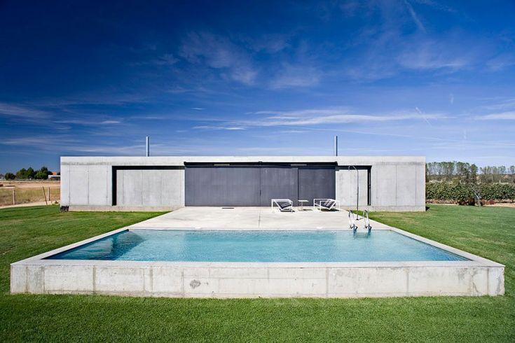 Anton House by Javier de Antón Freile | HomeDSGN