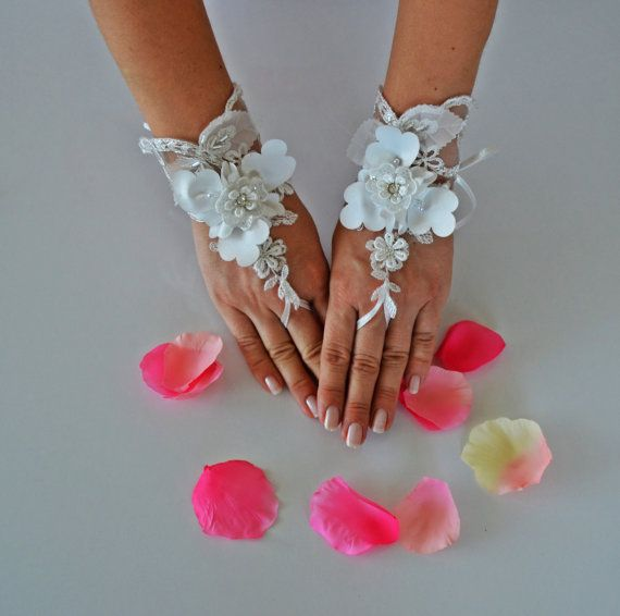 5dimensional wedding gloves ivory gloves unique by newgloves, $30.00