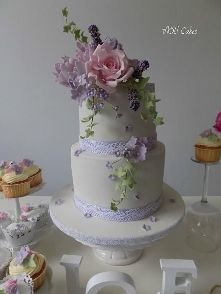 Wedding cake  by MOLI Cakes - http://cakesdecor.com/cakes/244190-wedding-cake