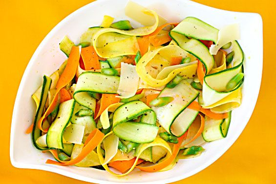 "Vegetable ""Ribbon"" SaladFruit Salad, Summer Veggies, Summer Vegetables, Salad Recipe, Mail Sauces, Ribbons Salad, Veggies Salad, Vegetables Salad, Vegetables Ribbons"