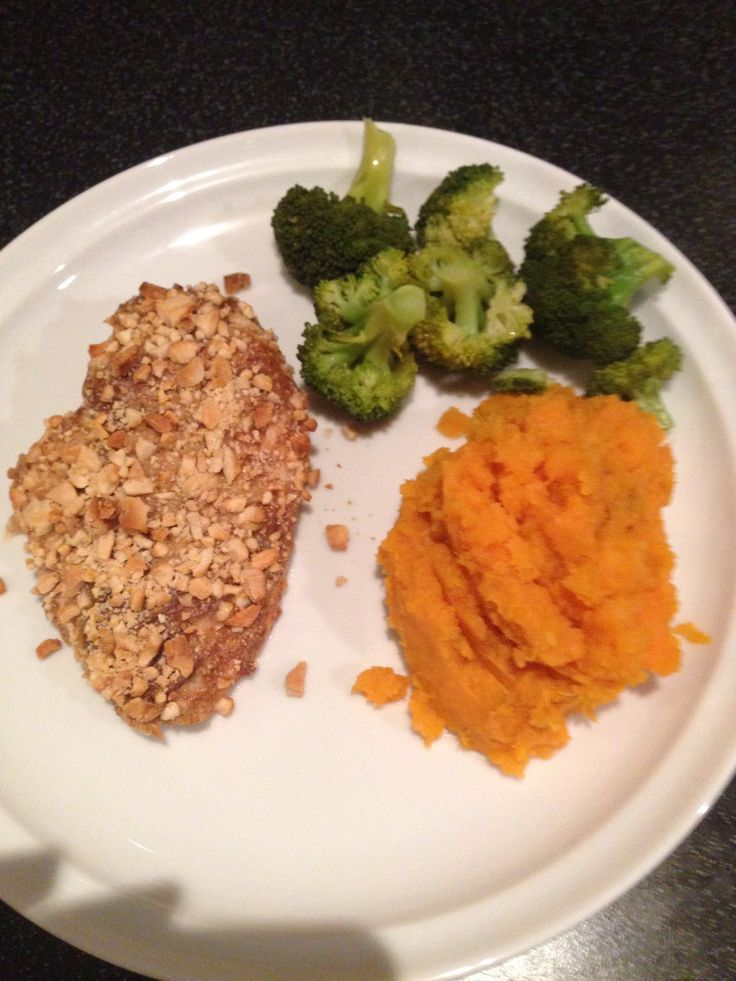 Almond crusted chicken with sweet potato mash and steamed broccoli