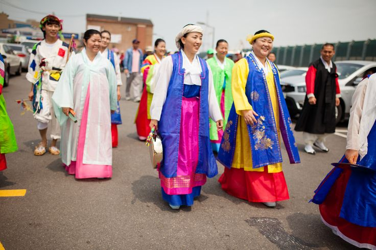 RITUALS OF KOREA'S WEST COAST