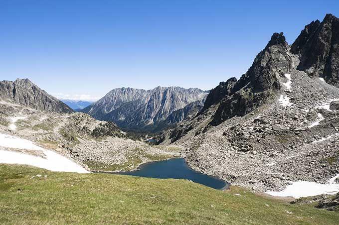 Los 10 mejores parques naturales de España | Skyscanner-Parque Nacional de Aigüestortes y Estany de Sant Maurici, Cataluña