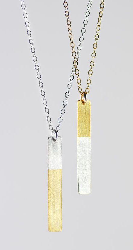 Kaihalulu necklace - gold bar necklace