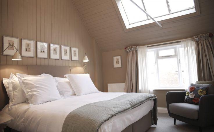 The Sun Inn, Dedham (Essex), England. Enjoy a weekend away this #winter. #charming #small #hotels #smallhotels #essex #roomdecor #roomdecoration #roomdesign #designinspiration