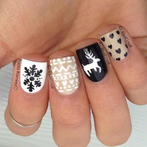 Winter nails: Sweater Patterned nails in tan, white and navy blue with deer, snowflakes, and knitted pattern