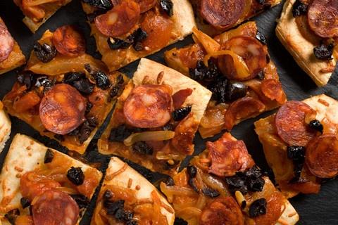 chorizo and olive flatbread!