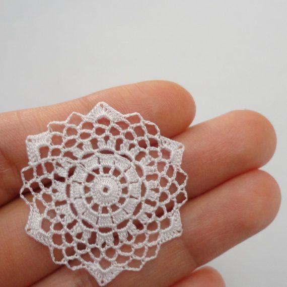 Miniature crochet doily by MiniGio