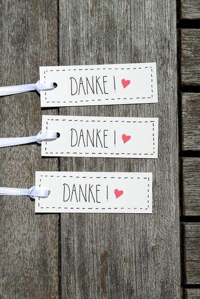 DANKE-Sagen kann viel Spaß machen - für beide Seiten! :) 100 Geschenkanhänger mit dem feinen Wörtchen `Danke!´ - für deine Hochzeits-, Tauf-, Geburtstagsgäste - oder auch einfach als kleinen Vorrat.  Gründe, Danke zu sagen gibt es schliesslich viele & jeden Tag :) ❤