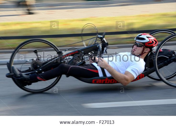 wroclaw-poland-13th-september-2015-unidentified-rider-during-special-F27013.jpg (Obrazek JPEG, 1300×951 pikseli)