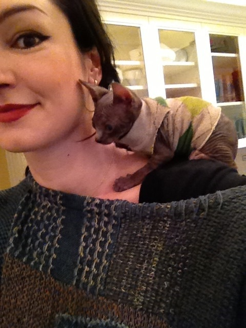 LynZ Way ( MSI & wife to Gerard Way ) with her cat.