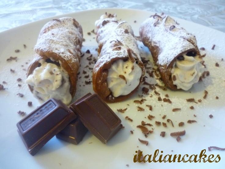 Italian Cannoli from Sicily recipe and video tutorial
