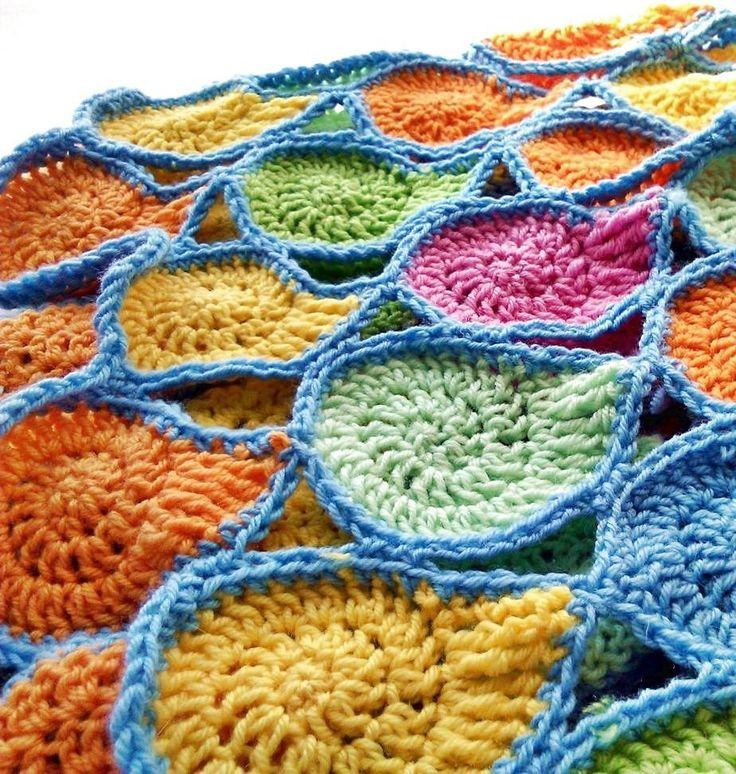 horgolt csigák összevarrva  crochet spiral, snail