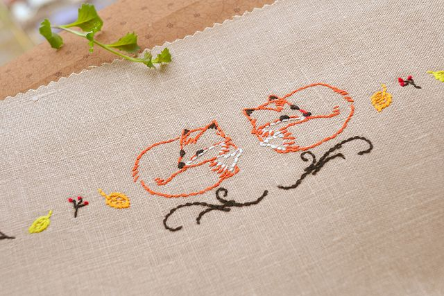 Foxes Embroidery Pattern hand embroidery pattern by NaiveNeedle | Flickr - Photo Sharing!