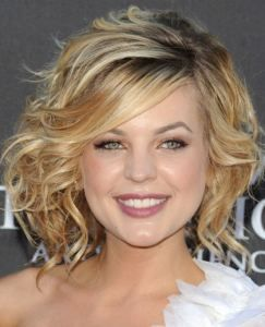 short curly hair styles. Would be pretty for Beth's wedding hair