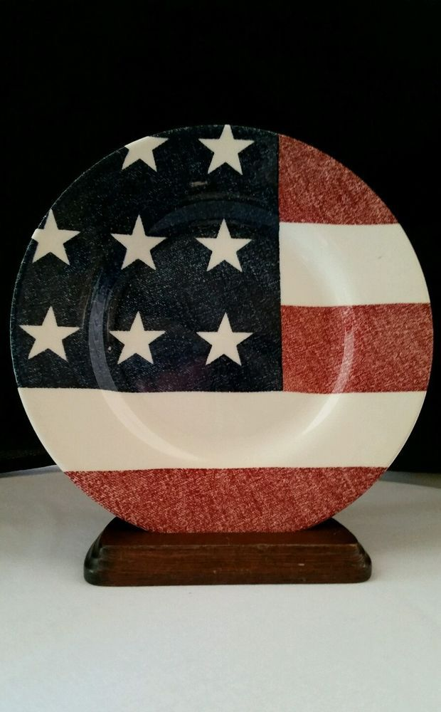 "Royal Stafford Flag Plate 8-1/2"" Diameter with Red, White and Blue Flag Image"
