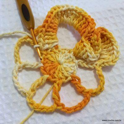 Flor_cam_lia_passo_a_passo_www.croche.com_30_