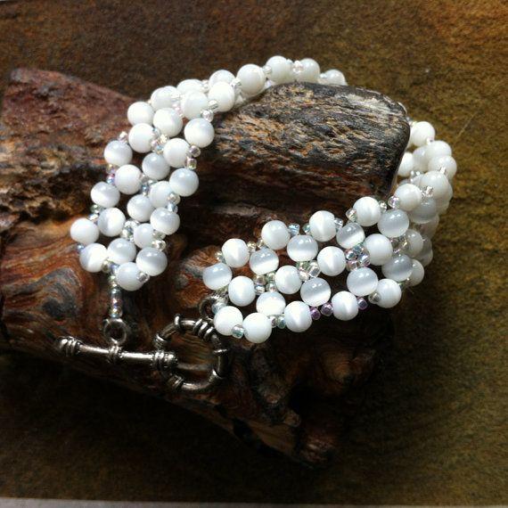 White Glass Beads Bracelet by bonmokishop on Etsy