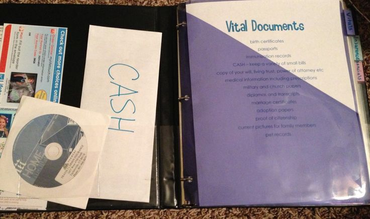 How to make an emergency binder - collect all that stuff in one place. Good idea!