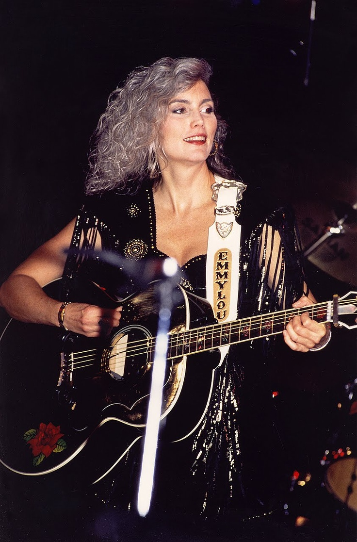 Emmylou Harris Hot Top 25+ best Em...