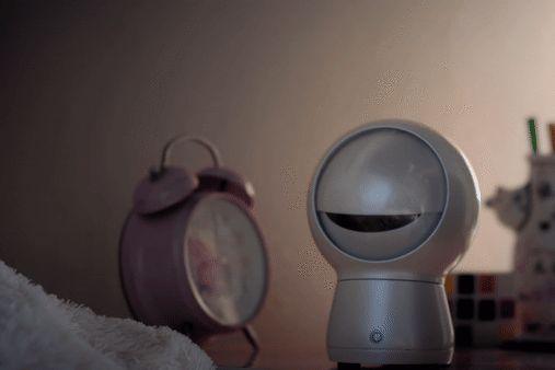 http://www.popularmechanics.com/technology/robots/a22330/moorebot/