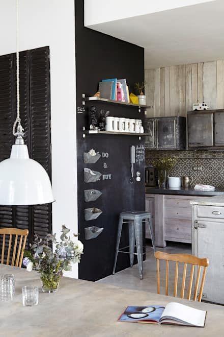 Industrial rivisitato: Cucina in stile in stile Industriale di Design for Love