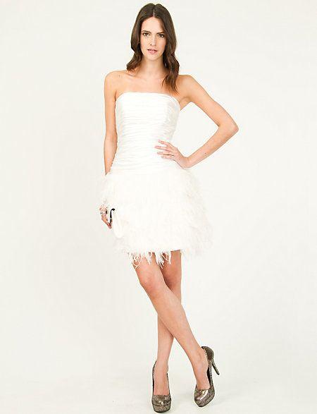 Dress Shop 832