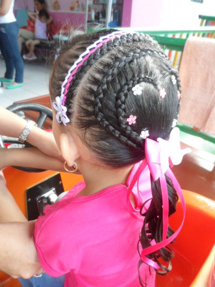 Trenzas, peinados niñas, peinados infantiles, peluquería infantil.