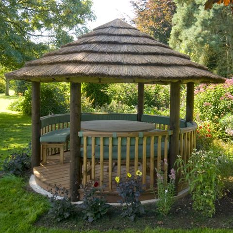Whether you're looking for a space outdoors to entertain friends or a quiet spot to enjoy a book at the weekend. Our Safari Breeze House is the perfect size to meet a range of needs. View our full range online. #BreezeHouse #garden #gardenbuilding #gazebo #thatch #gardengoals