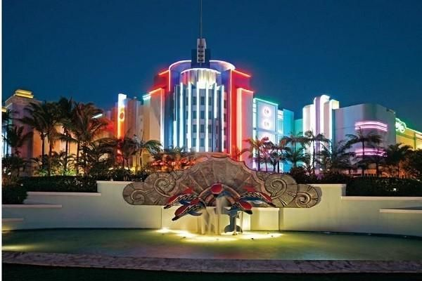 Suncoast Casino and Entertainment World is situated at the northern end of #Durban's Golden Mile.