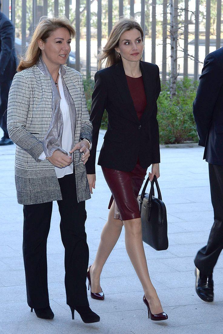 Reina Letizia de España y la visión de elegancia.