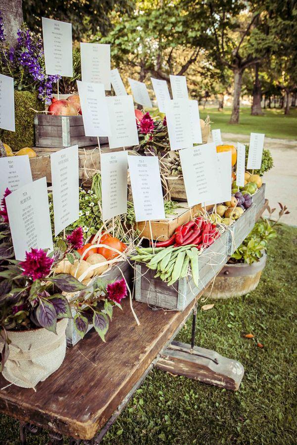 Decorar tu boda con cajas ¡una buena idea!
