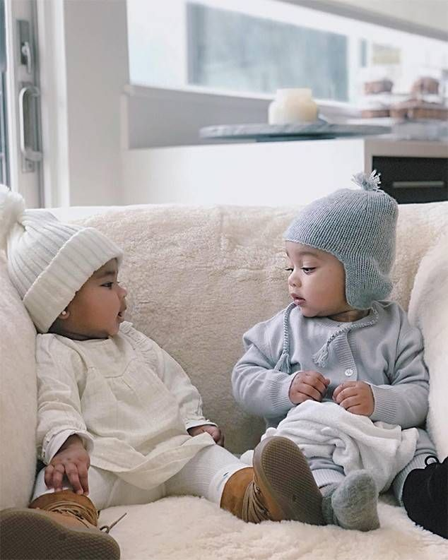 Cousin Love From True Thompson S Cutest Photos True Bonds With Cousin Chicago West Kim Kardashian S Daughter And Young Cute Baby Photos Kardashian Kids Khloe