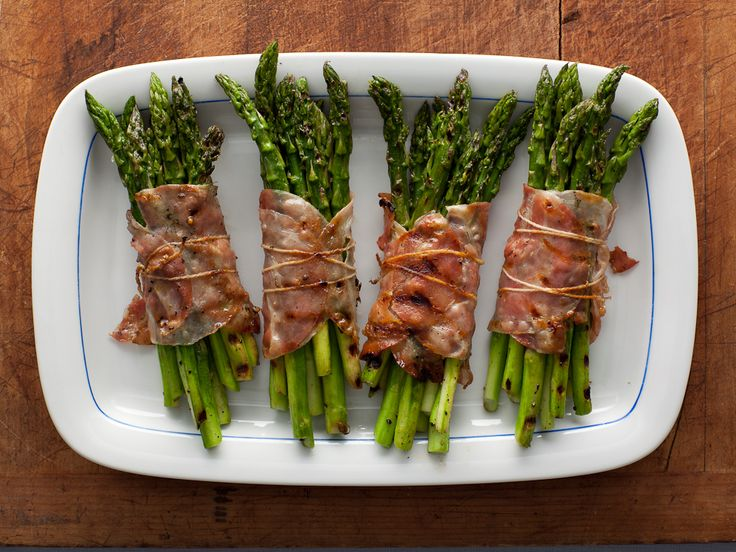 Bacon Wrapped Asparagus Bundles from FoodNetwork.com ... making for dinner tonight with steak ~ YUMMY!Side Dishes, Recipe, Food, Asparagus Wraps, Asparagus Bundle, Baconwrapped, Bacon Wrapped Asparagus, Yummy, Bacon Wraps Asparagus