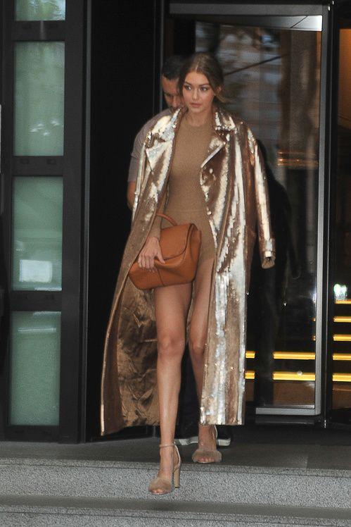 Gigi Hadid en total look Max Mara