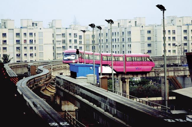 Monorail stations are neither close to suburban railway stations, nor are there frequent BEST buses connecting them to important destinations. File pics