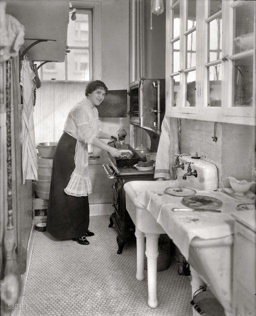 Kitchen, 1914