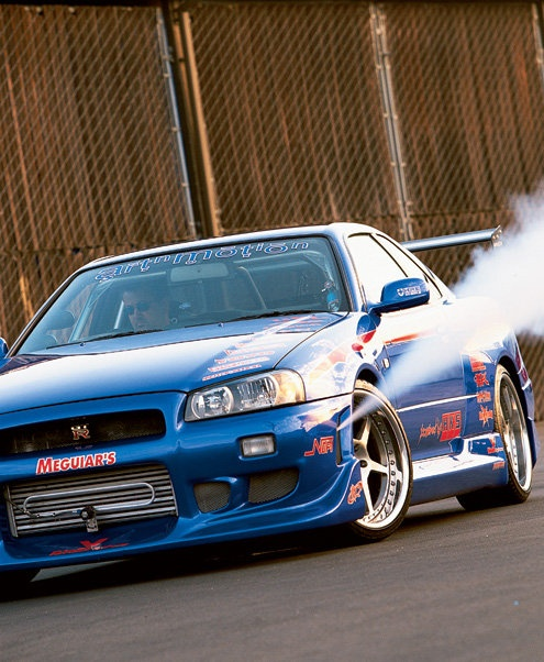 Nissan Skyline R34... complete with Nitrous Oxide